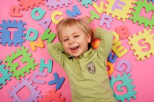 Как научить ребенка английскому языку?